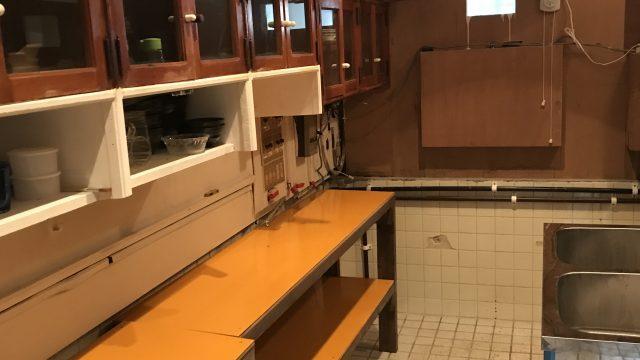 キッチンの修理2