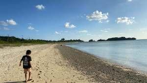 糸満市の砂浜側でキャンプ
